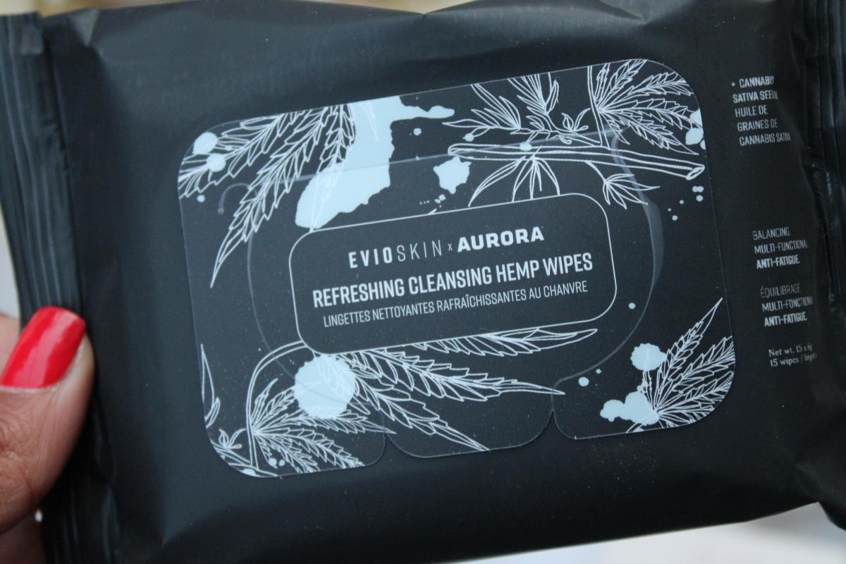 Boxycharm February 2020 - Evio Cannabis Cleansing wipes